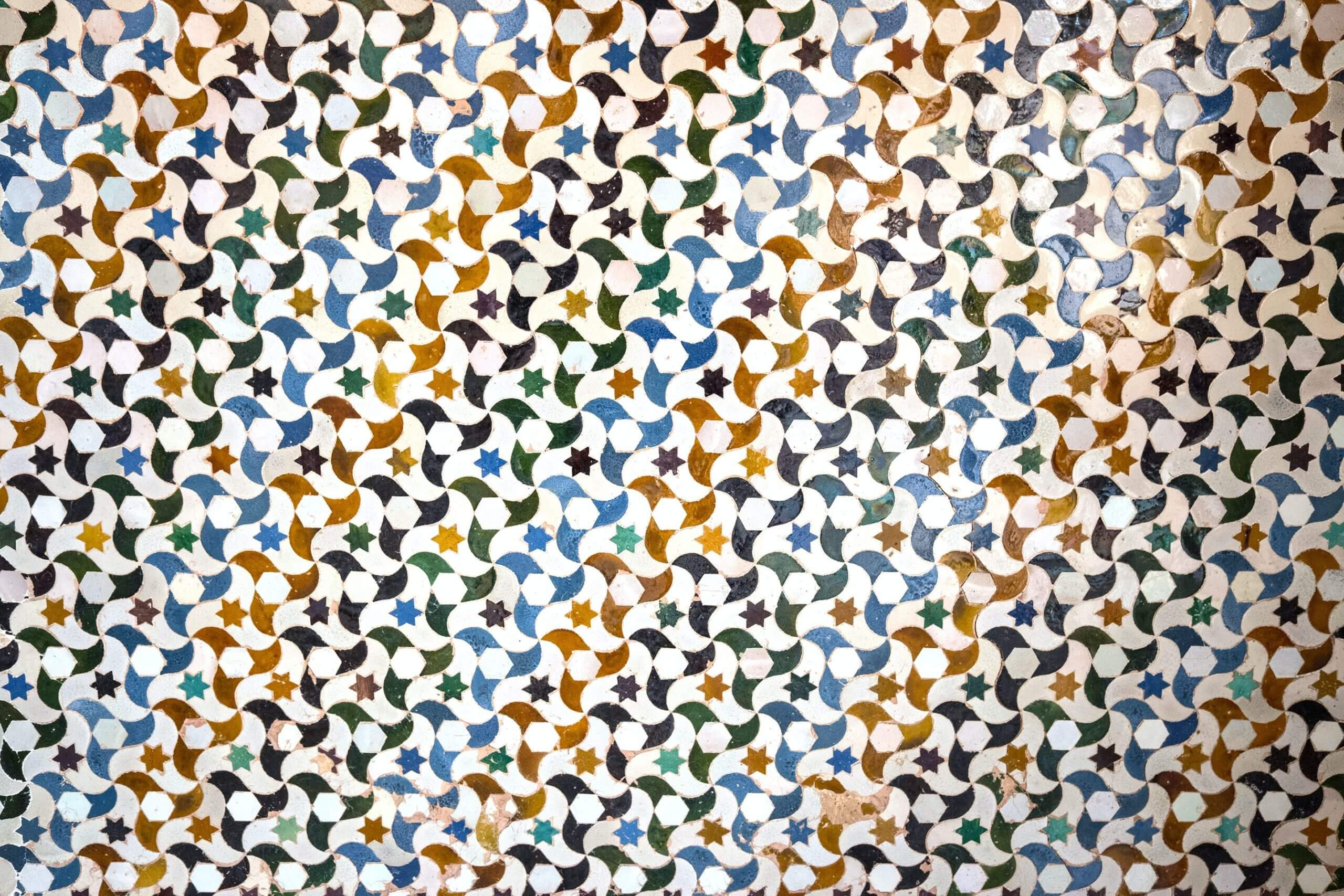 Tessaltation with a colurful pattern