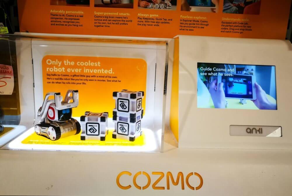Anki Cozmo Vs Vector Robots