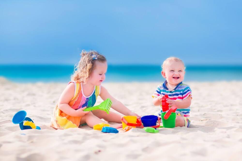 7 Best Ocean Toys for Kids